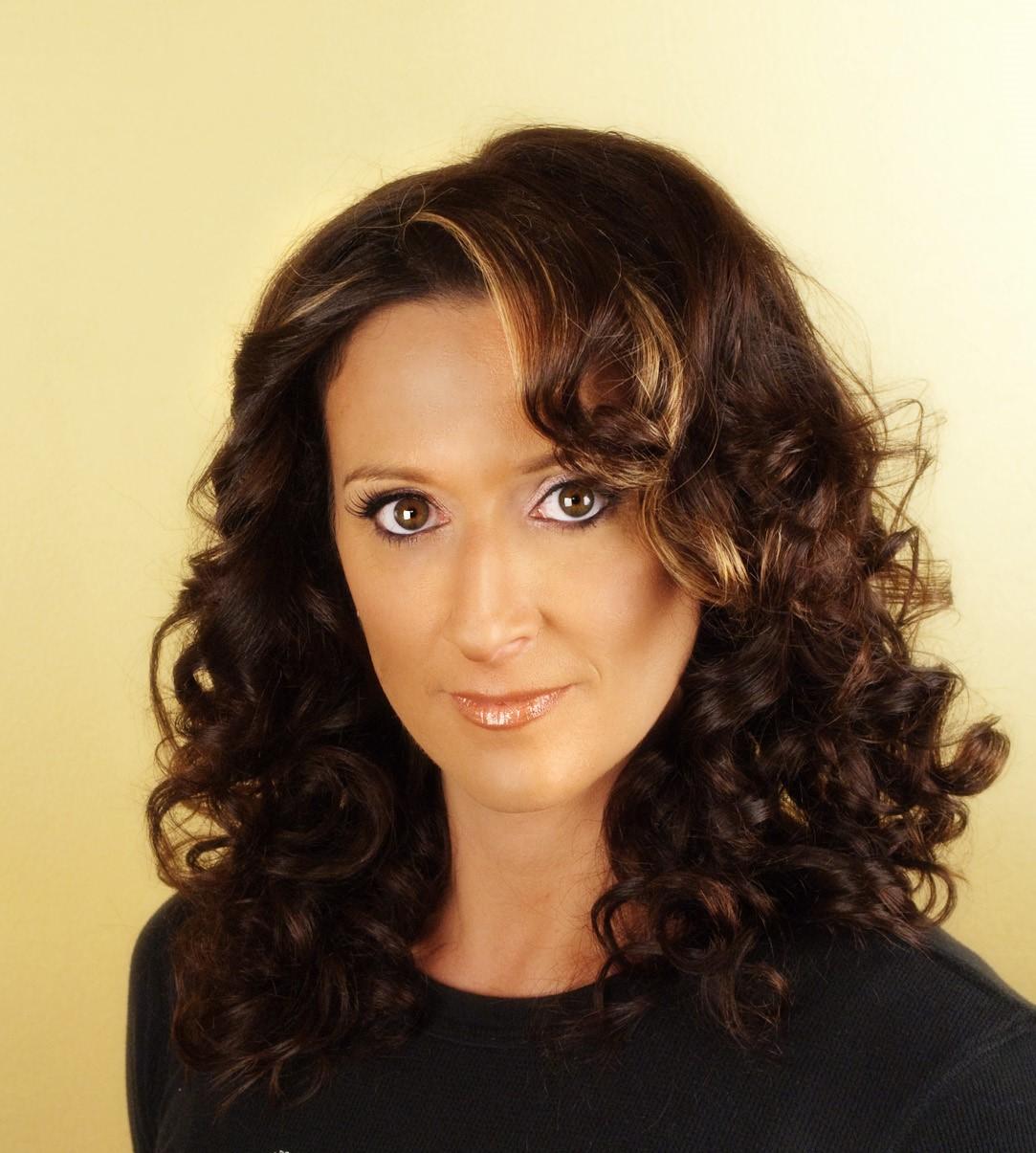 Melissa Grattan Headshot (2)